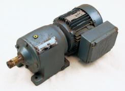 Used Sew-Eurodrive DFT71C4/R40DT71C4 Helical Gearmotor 43:1 - Photo 1