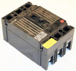 General Electric TED136015 15 Amp Circuit Breaker - Photo 1
