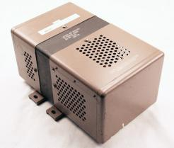Used Sola Electric 63-23-220-8 Constant Voltage Transformer - Photo 2