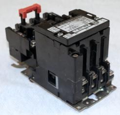 Square D 8536 SCO3 AC Magnetic Starter - Photo 2