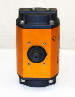 Used Worcester Controls Pneumatic Valve Actuator Model 20 39S - Photo 4