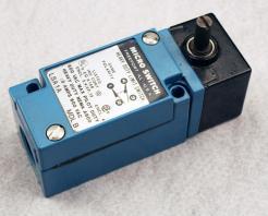 Honeywell Microswitch LSA1A Heavy Duty Limit Switch - Photo 1