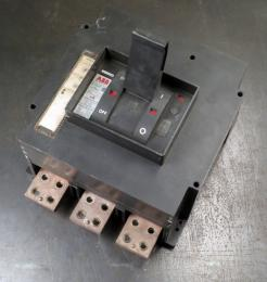 Used ABB Type PS 2500 Amp Circuit Breaker - Photo 1