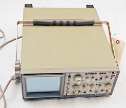 Used Hitachi V-523 Oscilloscope - Photo 1