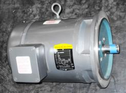 Baldor / Reliance 5 HP AC Motor 575 V - Photo 2