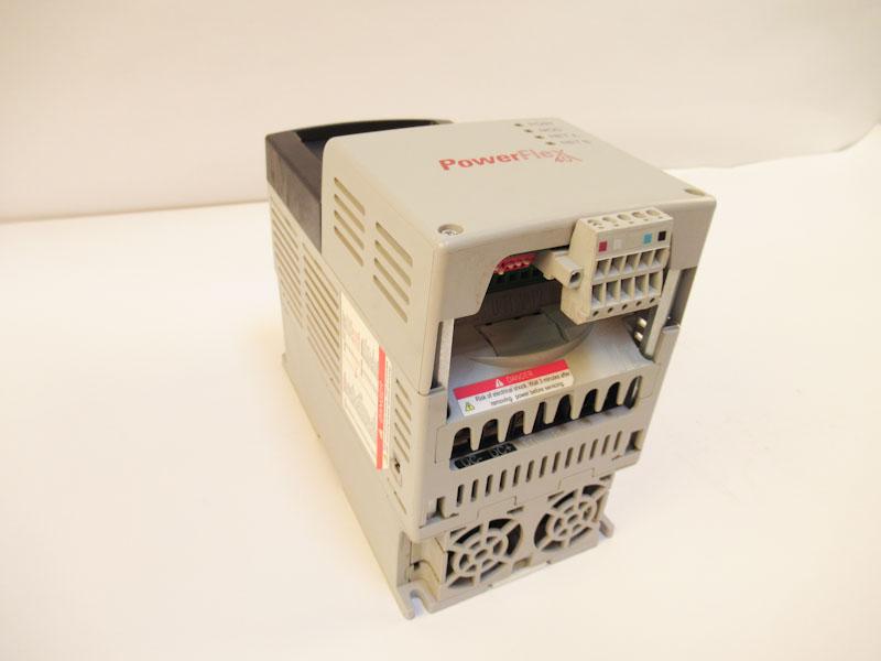 Used Allen Bradley PowerFlex 40 5 0HP (4 0kW) AC Drive 22B-D010N104 Series A