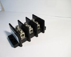Used Bussmann 16000-3 175AMP Power Terminal Block - Photo 1