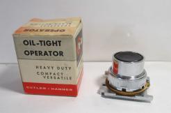 Cutler Hammer 10250T101 Black Pushbutton Operator-Photo 1