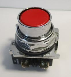 Cutler Hammer 10250T102-1 30.5mm Red Flush Head Momentary Pushbutton Switch-Photo 1