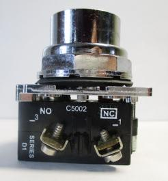 Cutler Hammer 10250T102-1 30.5mm Red Flush Head Momentary Pushbutton Switch-Photo 2