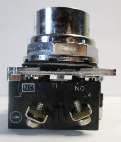 Cutler Hammer 10250T102-1 30.5mm Red Flush Head Momentary Pushbutton Switch-Photo 3