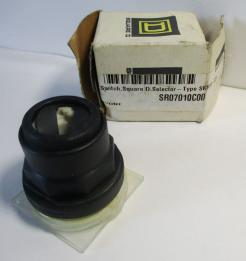 Square D 9001SKS49B 3-Position Selector Switch Operator without Knob-Photo 1
