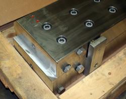 Used 64.375 Custom Stainless Steel Slot Die - Photo 2