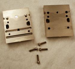Used 3 Custom Stainless Steel Single Lane Striping Slot Die-Dual Cavity - Photo 2