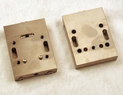 Used 3 Custom 2-Lane Stainless Steel Striping Slot Die - Photo 2