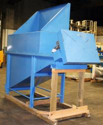 Used Ensign D-002 63Cu.Ft. Live Bottom Bin - Photo 1